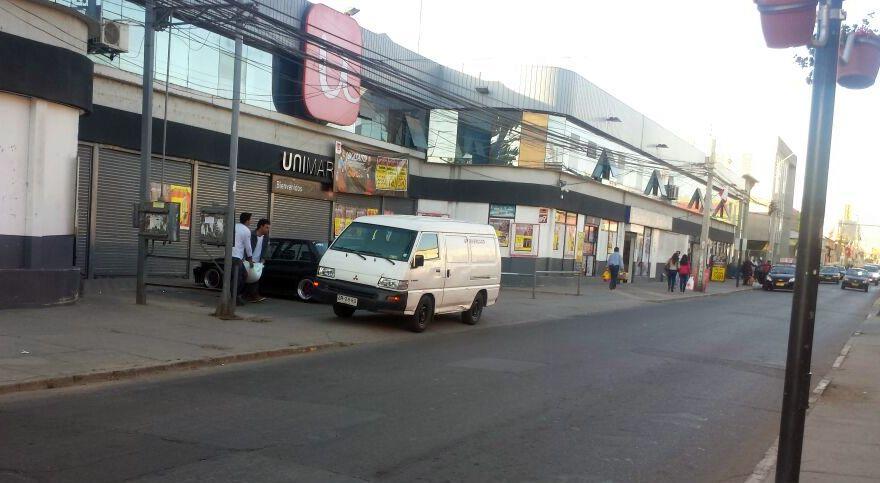 Preocupación por primer turbazo en supermercado ovallino: Siete detenidos